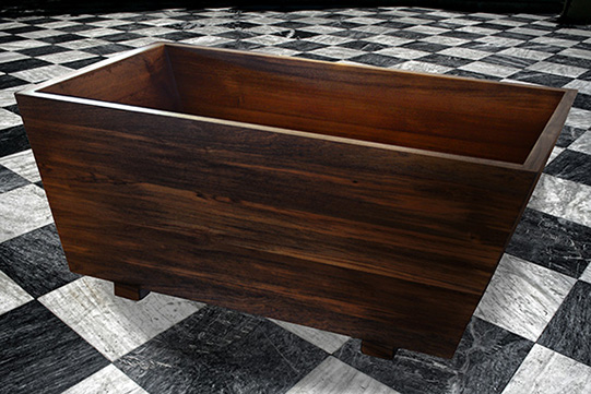 japanese ofuro tub made of mahogany